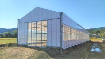 千葉県の施工実績|【牛舎・堆肥舎】遮光軽量鉄骨ハウス(58坪)の画像