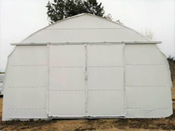(株)共走|山梨県の施工実績|遮光(白)小型ビニールハウス(10坪)の画像